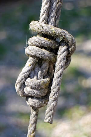 Know the ropes' - the meaning and origin of this phrase